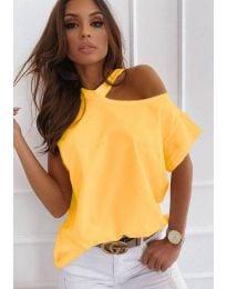 Ефектна дамска тениска в жълто - код 0599