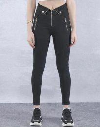 Дамски вталени дънки с ципове в черно - код 0431