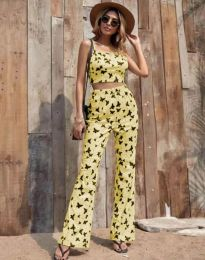 Дамски комплект потник и панталон в жълто с десен на пеперуди - код 6899
