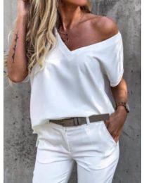 Дамска тениска с остро деколте в бяло - код 0589