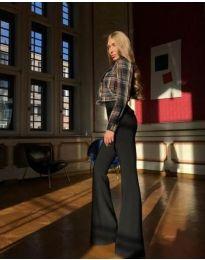 Елегантен дамски панталон разкроен в черно - код 1991