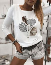 Атрактивна дамска блуза с щампа с пайети в бяло - код 4607